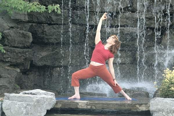 Yoga Mary 2008 30